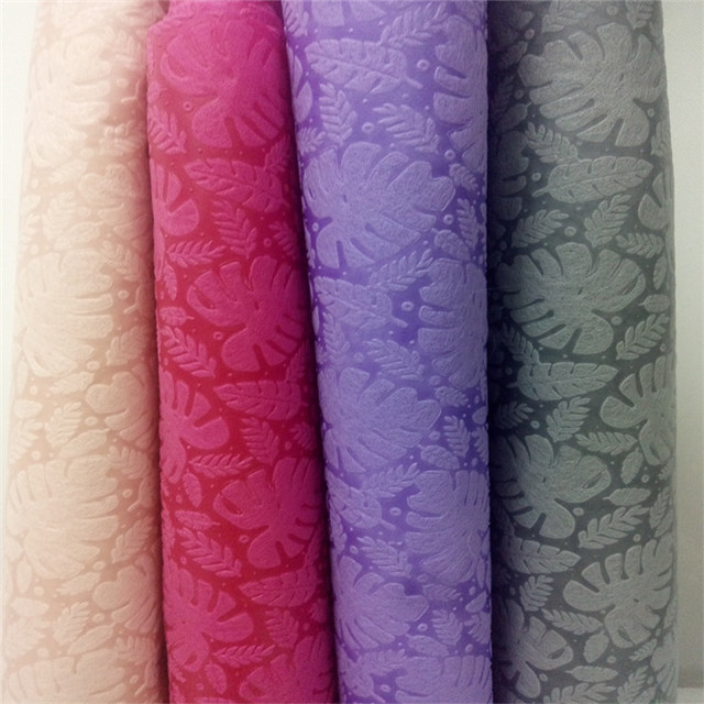 2019 new design High Quality Colorful Embossed nonwoven fabric for flower and gift packing