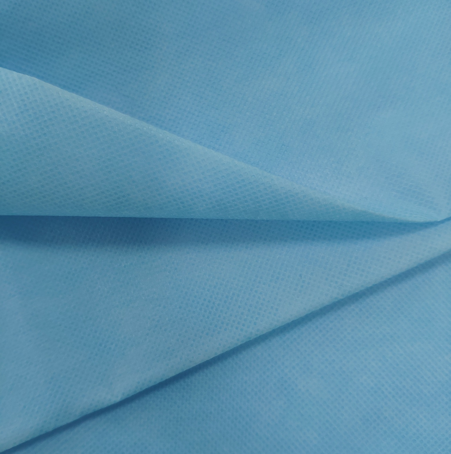 Laminated spunbonded non-woven waterproof disposable non-woven clothing materail